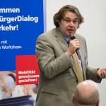 Dr. Christian Muschwitz moderierte den Lübecker BürgerDialog Busverkehr